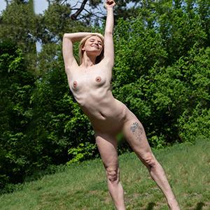 Prostituierte Chanel Callgirls 7 Escort Berlin Strippen Reisebegleitung Buchungen